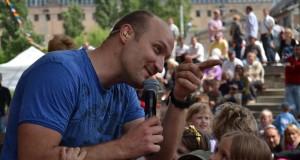 Rendkívül népszerű  Buda Gábor a gyermekek körében
