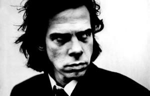 Nick Cave  ausztrál rockzenész, dalszerző és énekes. Legnagyobb sikereit a Nick Cave and the Bad Seeds nevű együttesével érte el.