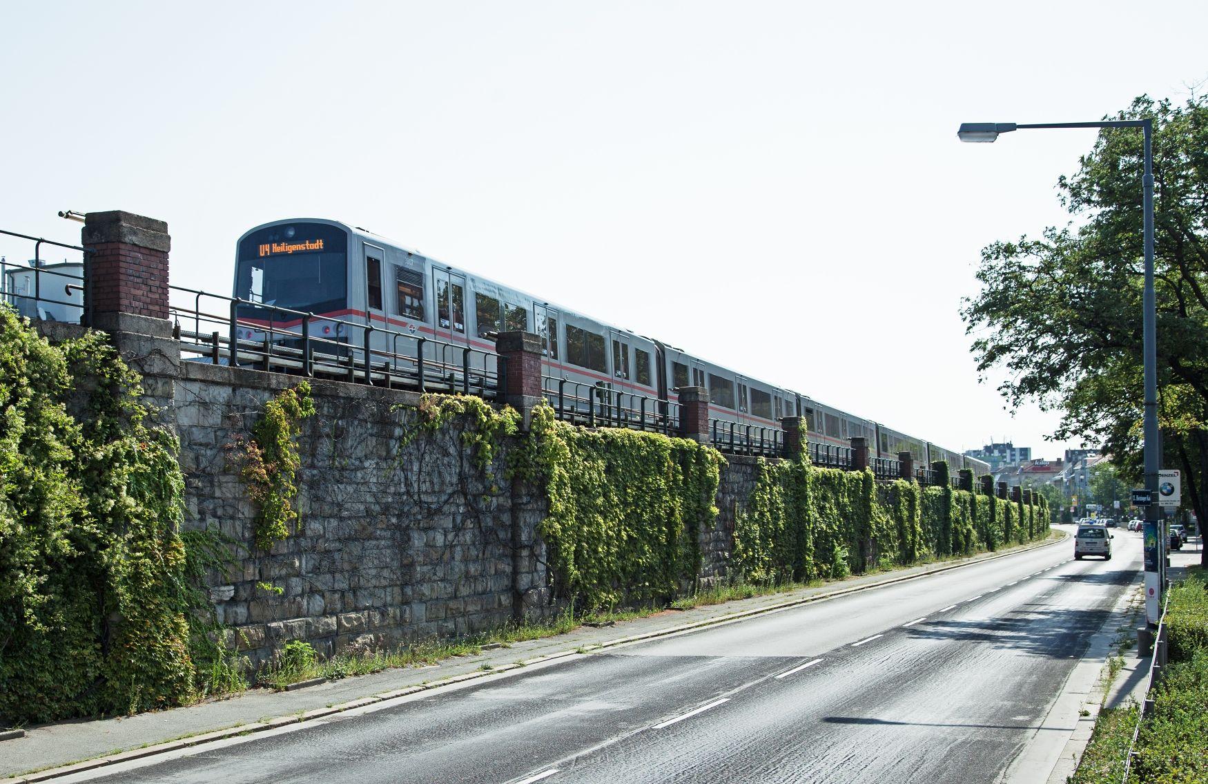 U4, V Zug