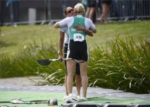Kovács Katalin (szemben) és Douchev-Janics Natasa a női kajak kettes 200 méteres verseny döntője után a duisburgi kajak-kenu világbajnokságon 2013. szeptember 1-jén. A magyar páros a 4. helyet szerezte meg. MTI Fotó: Kovács Tamás