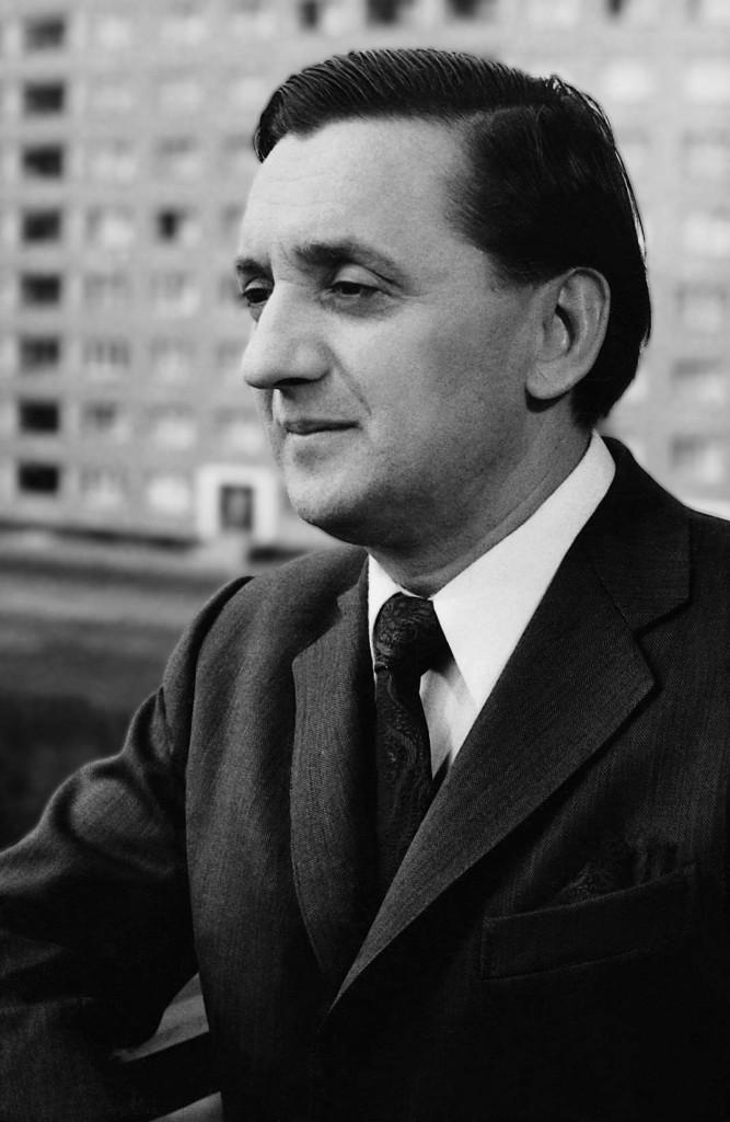Szokolay Sándor Kossuth-díjas magyar zeneszerző, egyetemi tanár