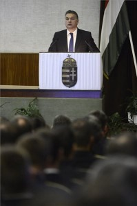 Orbán Viktor miniszterelnök beszédet mond a Belügyminisztérium évértékelő értekezletén a tárca épületében 2014. január 28-án. MTI Fotó: Kovács Tamás