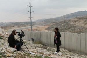 """Al Ghaoui Hensa: """"Most, hogy várandós vagyok, még jobban átéreztem ennek a helyzetnek a tragikumát"""" Bábel 2014.03.19-i adás-A gyilkosok is áldozatok-fotókredit-MTVA, Kara Ervin (2)"""