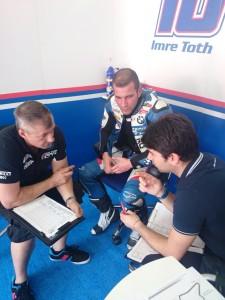 2014-BMW Racing Team Toth-Imola-péntek1.jpg