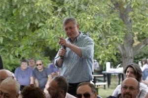 Gyurcsány Ferenc volt miniszterelnök, a Demokratikus Koalíció (DK) elnöke beszél a XIII. Szárszói találkozón Balatonszárszón 2014. június 21-én. A mintegy kétszáz ember, köztük számos baloldali, liberális politikus, művész, értelmiségi részvételével megrendezett eseményen a hozzászólók főként szakpolitikai témákkal foglalkoztak. MTI Fotó: Nagy Lajos