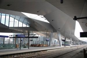14 Rauten - ein Dach: Arbeiten am Hauptbahnhof in der Zielgeraden
