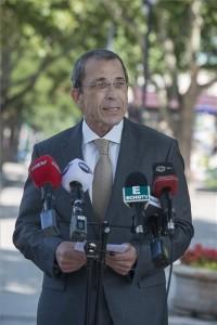 Bodnár Zoltán, a Magyar Liberális Párt (MLP) főpolgármester-jelöltje a belvárosi Március 15. téren tartott bemutatkozó sajtótájékoztatóján 2014. augusztus 2-án. MTI Fotó: Kallos Bea