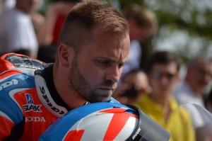 Talmácsi Gábor gyorsaságimotor-versenyző. 2007-ben a MotoGP 125 cm³-es kategóriájának világbajnoka. Fotó: Juhász Melinda