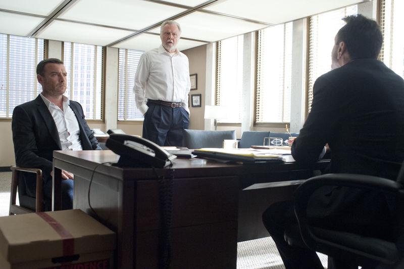 Liev Schreiber as Ray Donovan, Jon Voight as Mickey Donovan and Hank Azaria as James Cochran in Ray Donovan (Season 2, Episode 1). - Photo:  Suzanne Tenner/SHOWTIME - Photo ID:  RayDonovan_201_0471.R