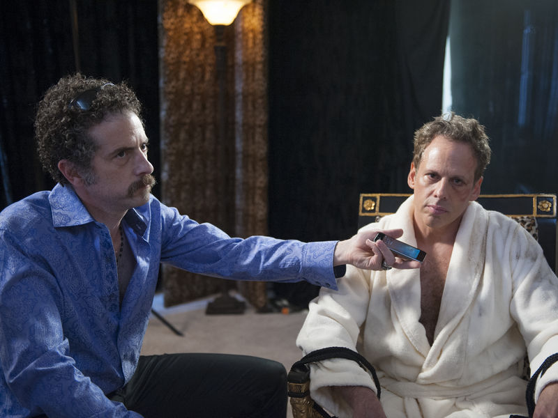 John Ales as Ricky Devita and Josh Pais as Stu Feldman in Ray Donovan (Season 2, Episode 3). - Photo:  Suzanne Tenner/SHOWTIME - Photo ID:  RayDonovan_203_1122.R