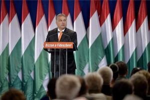 Orbán Viktor miniszterelnök, a Fidesz elnöke beszédet mond a Fidesz-KDNP országos választási kampányértékelő rendezvényén a fővárosi Millenáris Parkban 2014. október 19-én. MTI Fotó: Koszticsák Szilárd
