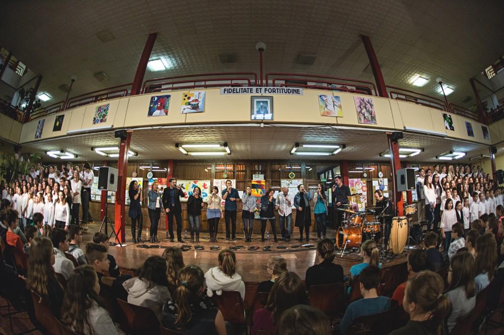 budapestvoices_iskolakurussal_foto_rostamark