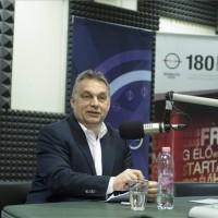 Orbán Viktor miniszterelnök interjút ad a Kossuth Rádió 180 perc című műsorában a Magyar Rádió stúdiójában 2015. május 8-án. MTI Fotó: Koszticsák Szilárd