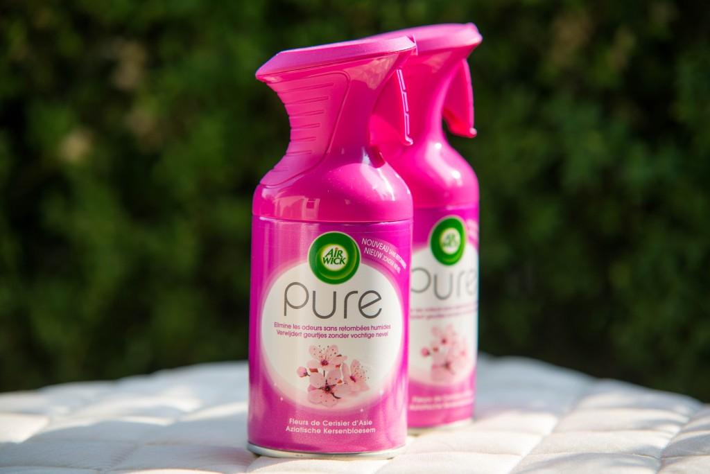 Próbáld ki és táláld meg az Air Wick Pure termékcsalád Hozzád leginkább illő illatát! Szerkesztőségünk a Cseresznyevirág illatot próbálta ki.