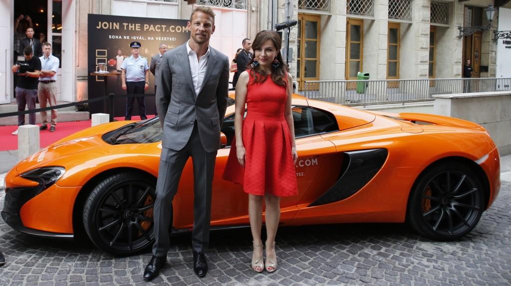 Zseda Jenson Button McLaren