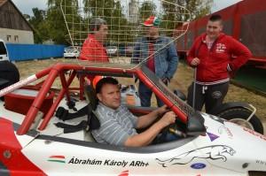 Interjú Ábrahám Károly autocross versenyzővel.
