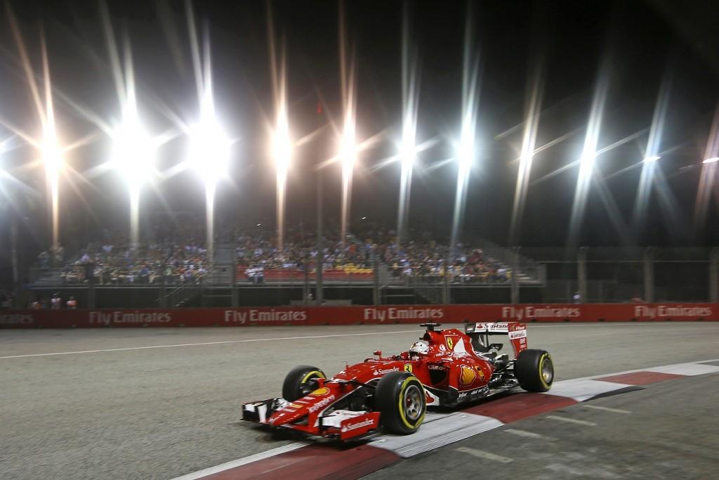 Amber-Szingapuri_F1-Vettel