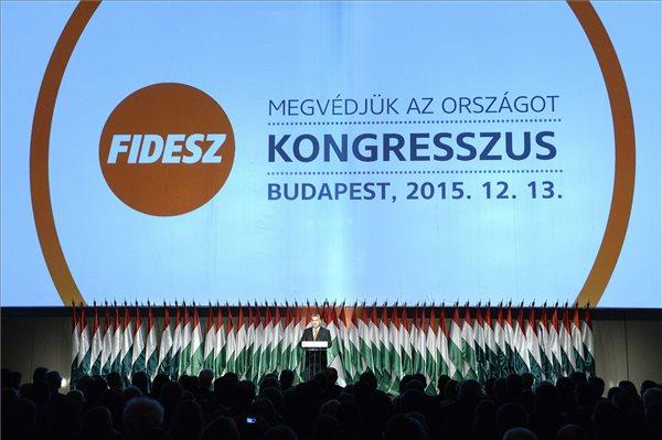 Orbán Viktor miniszterelnök, a Fidesz elnöke beszédet mond a párt XXVI., tisztújító kongresszusán a budapesti Hungexpón 2015. december 13-án. MTI Fotó: Kovács Tamás