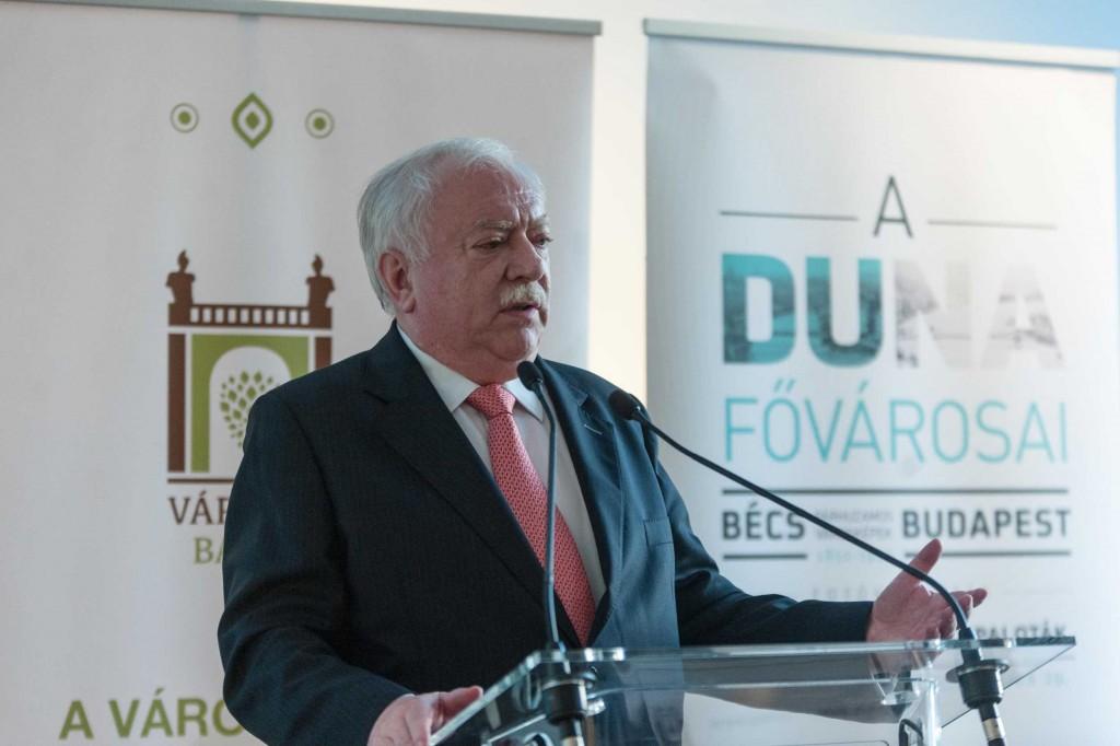 Dr. Michael Häupl, Bécs polgármestere