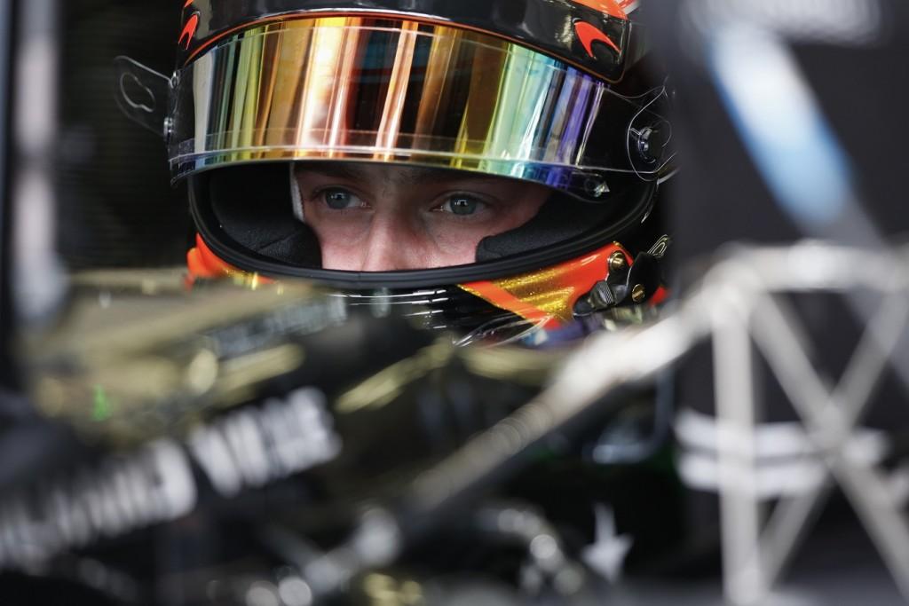 Amber-Bahreini_F1-Vandoorne