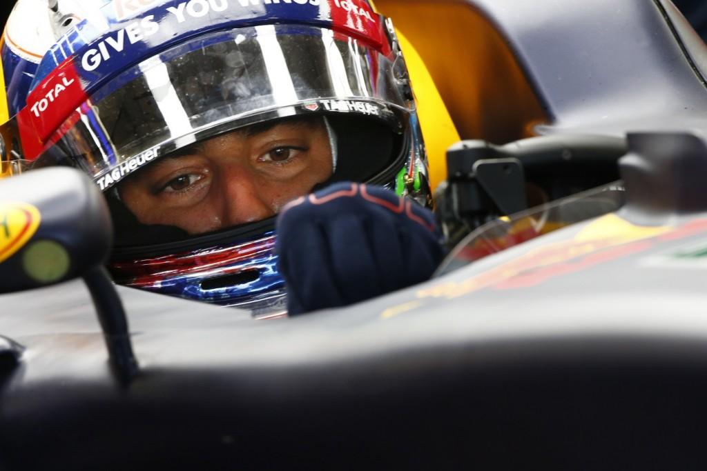 Amber-Kanadai_F1-Ricciardo
