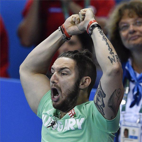 Shane Tusup, Hosszú Katinka edzője és férje a női 200 méteres vegyesúszás döntőjében a riói nyári olimpián a Rio de Janeiró-i Olimpiai Uszodában 2016. augusztus 9-én. A magyar úszónő az első helyen végzett. MTI Fotó: Czeglédi Zsolt