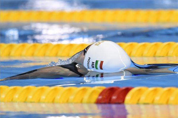 Hosszú Katinka a női 200 méteres hátúszás döntőjében a riói nyári olimpián a Rio de Janeiró-i Olimpiai Uszodában 2016. augusztus 12-én. A magyar úszónő a második helyen végzett. MTI Fotó: Kovács Tamás
