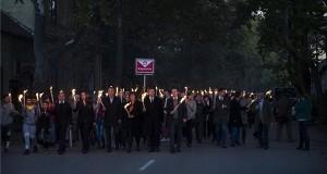 Fáklyás felvonulás, amelyet a Magyar Szocialista Párt tartott 1956-os forradalom 60. évfordulója alkalmából Kaposváron 2016. október 22-én. MTI Fotó: Bodnár Boglárka