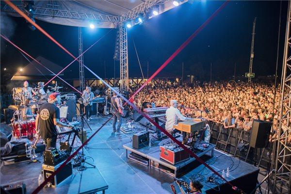 A Quimby együttes koncertje a 10. Ördögkatlan fesztiválon Nagyharsányban 2017. augusztus 4-én. MTI Fotó: Sóki Tamás