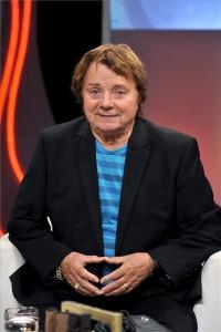 Életének 83. évében, 2017. október 8-án elhunyt Aradszky László, a hatvanas évek egyik legsikeresebb táncdalénekese. A felvétel 2016. szeptember 14-én az MTVA Kunigunda utcai gyártóbázisának 3-as stúdiójában készült. MTI Fotó: Zih Zsolt