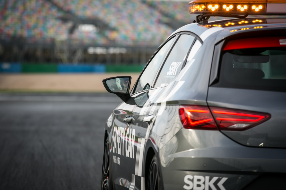 SEAT_SafetyCar_004_small