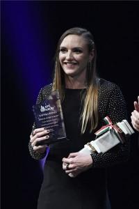 Hosszú Katinka háromszoros olimpiai, hétszeres világ- és tizenháromszoros Európa-bajnok úszó, az év női sportolója az M4 Sport - Év sportolója gálán a Nemzeti Színházban 2018. január 11-én. MTI Fotó: Koszticsák Szilárd