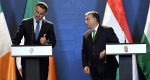 Leo Varadkar ír (b) és Orbán Viktor magyar miniszterelnök újságíróknak nyilatkoznak találkozójuk után a Parlamentben 2018. január 4-én. MTI Fotó: Illyés Tibor