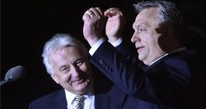 Orbán Viktor miniszterelnök, a Fidesz elnöke (j) és Semjén Zsolt nemzetpolitikáért felelős miniszterelnök-helyettes, a Kereszténydemokrata Néppárt (KDNP) elnöke a párt választási eredményváró rendezvényén a Bálna Budapest rendezvényközpontban az országgyűlési képviselő-választás napján, 2018. április 8-án. MTI Fotó: Máthé Zoltán