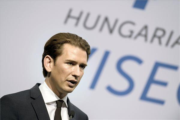 Sebastian Kurz osztrák kancellár a V4+Ausztria csúcstalálkozó után tartott sajtótájékoztatón a Várkert Bazárban 2018. június 21-én. MTI Fotó: Koszticsák Szilárd