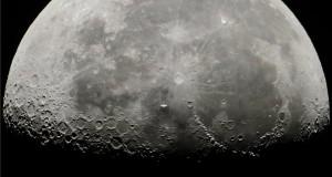 A Nemzetközi Űrállomás a Hold előtt Salgótarjánból fotózva 2018. július 5-én. MTI Fotó: Komka Péter