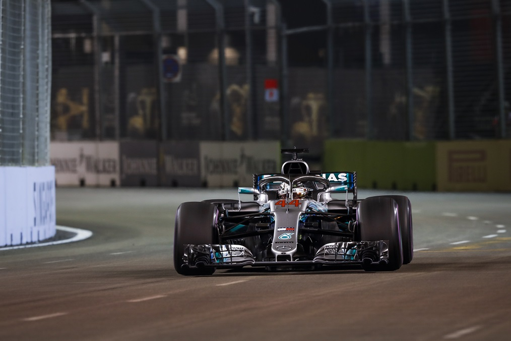 Amber-Szingapuri_F1-Hamilton