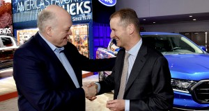 "Story ""Volkswagen and Ford launch global alliance"""