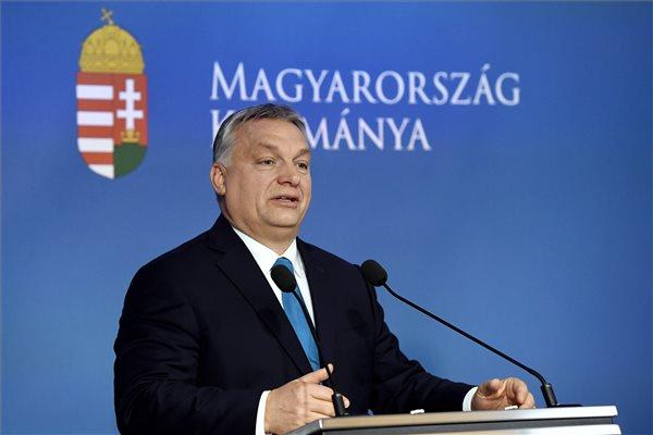 Orbán Viktor miniszterelnök a Kormányinfó sajtótájékoztatón a Miniszterelnöki Kabinetiroda Garibaldi utcai sajtótermében 2019. január 10-én. MTI/Koszticsák Szilárd