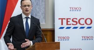 Szijjártó Péter külgazdasági és külügyminiszter a Tesco-csoport beruházásáról tartott sajtótájékoztatón a Külgazdasági és Külügyminisztériumban 2019. március 11-én. Új üzleti és technológiai szolgáltató központot hoz létre a Tesco-csoport Magyarországon, ezzel 800 új munkahelyet teremt. MTI/Mónus Márton