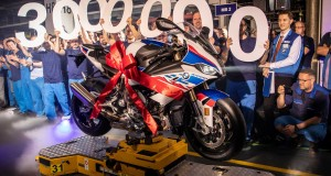 P90344485-celebrating-the-3-000-000th-motorcycle-form-bmw-plant-berlin-04-2019-2155px
