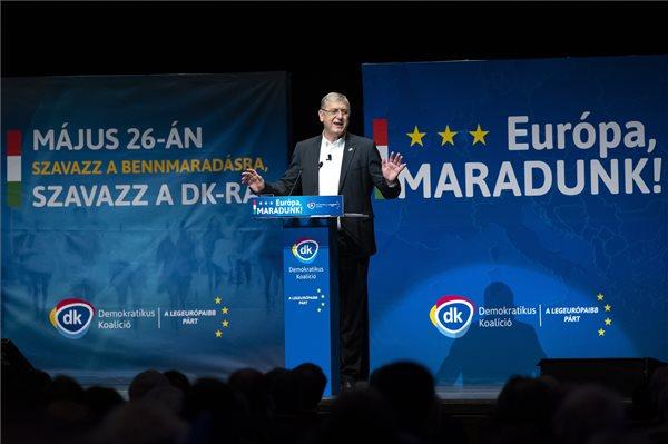 Gyurcsány Ferenc, a Demokratikus Koalíció (DK) elnöke beszédet mond a párt európai parlamenti kampánynyitó rendezvényén a Budapest Kongresszusi Központban 2019. április 14-én. MTI/Mohai Balázs