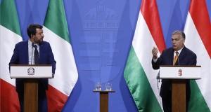 Orbán Viktor miniszterelnök (j) és Matteo Salvini olasz belügyminiszter, miniszterelnök-helyettes sajtótájékoztatót tart megbeszélésüket követően Budapesten, a Karmelita kolostorban 2019. május 2-án. MTI/Koszticsák Szilárd