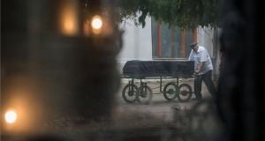 Heller Ágnes temetése a budapesti Kozma utcai izraelita temetőben 2019. július 29-én. A Széchenyi-díjas filozófus, esztéta, a Magyar Tudományos Akadémia rendes tagja július 19-én hunyt el 90 éves korában. MTI/Balogh Zoltán