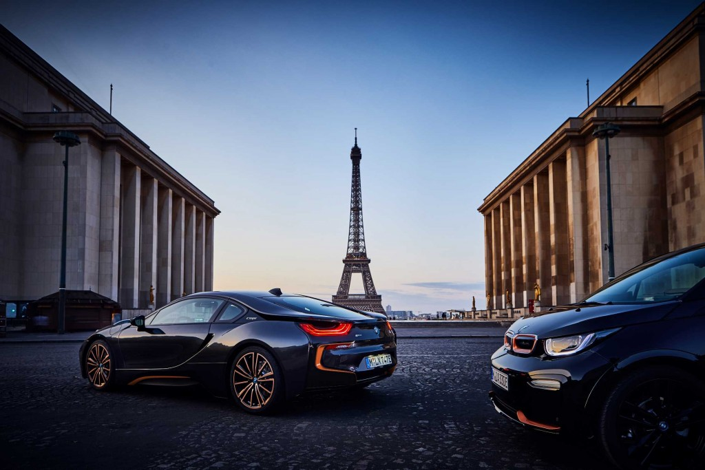 P90363131-the-bmw-i3s-edition-roadstyle-and-the-bmw-i8-coupe-in-the-ultimate-sophisto-edition-09-2019-2249px