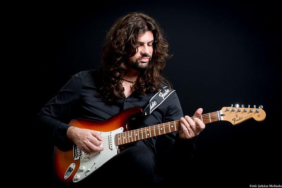 atti_gitarral