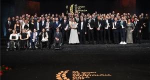 Díjazottak és a díjak átadói az M4 Sport - Év sportolója gálán a Nemzeti Színházban 2020. január 16-án. n. MTI/Illyés Tibor