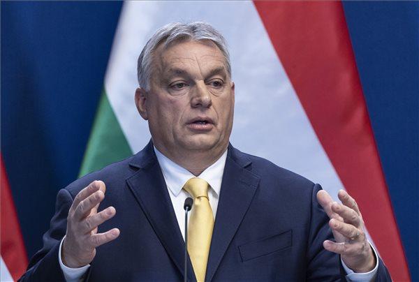 Orbán Viktor miniszterelnök évindító nemzetközi sajtótájékoztatóján a Karmelita kolostorban 2020. január 9-én. MTI/Szigetváry Zsolt