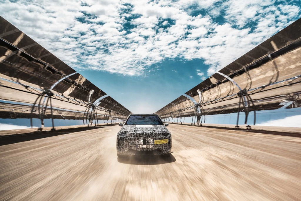 P90383509-hot-climate-testing-of-the-bmw-inext-02-2020-2249px