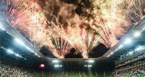 Tűzijáték a bajnok Ferencváros labdarúgócsapatának ünnepségén, amelyen átvették az aranyérmet és a kupát az OTP Bank Liga 33., utolsó fordulójában játszott Ferencvárosi TC - Mezőkövesd Zsóry FC mérkőzés után a Groupama Arénában 2020. június 27-én. A Ferencváros 31. bajnoki címét szerezte meg. MTI/Szigetváry Zsolt